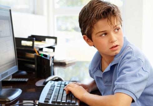 Больше половины российских детей скрывают свою деятельность в сети