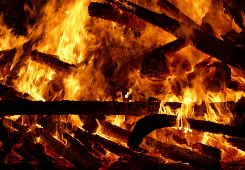 Напожаре вБалашове погибла пенсионерка