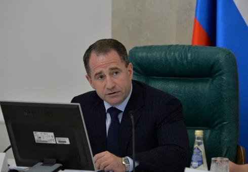 Провозглашенный выход Саратовской области изкредитного рабства может закончиться, неуспев начаться