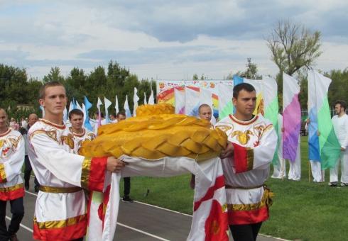 ВСаратовской области собрали 4 млн тонн зерна