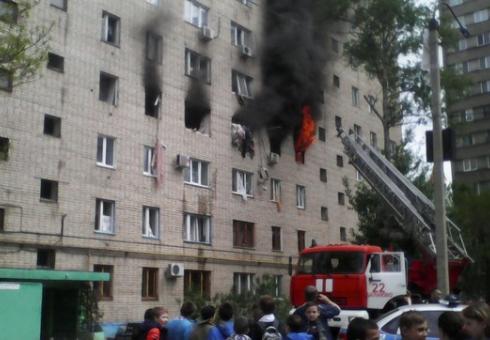 Взрыв произошел в одной из квартир многоэтажного дома в Балакове