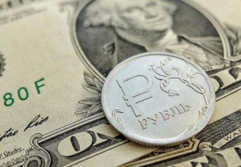 Рубль укрепится по отношению к основным валютам