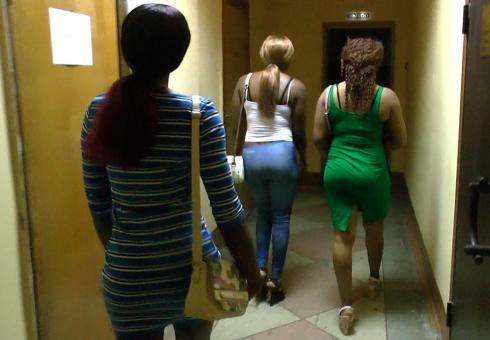 ВСаратове задержали темнокожих проституток ихАфрики