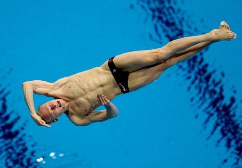 Чемпионом Европы посинхронным прыжкам вводу стал спортсмен изСтаврополя