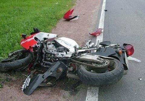 В трагедии наУсть-Курдюмской погибла молодая подруга мотоциклиста