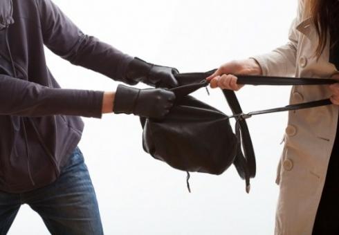 ВБалакове подростка задержали заограбление женщин