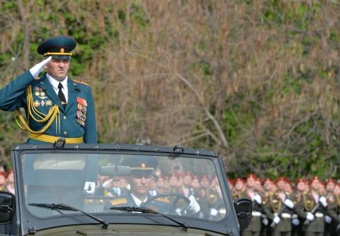ВСаратове прошел посвященный Дню Победы парад