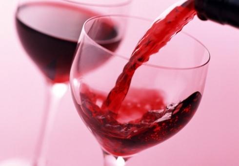 Резкий рост стоимости вина зафиксировали в России