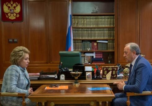 Руководитель Саратовской области встретился сВалентиной Матвиенко