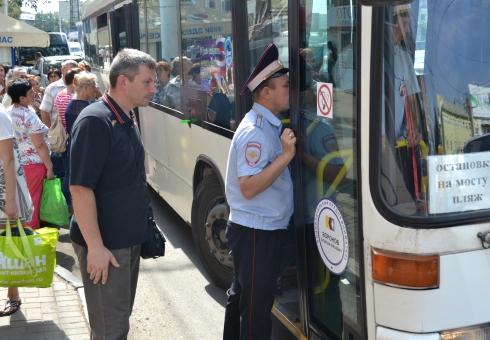 ГИБДД: ВСаратове нарейсах работали три автобуса снеисправными тормозами